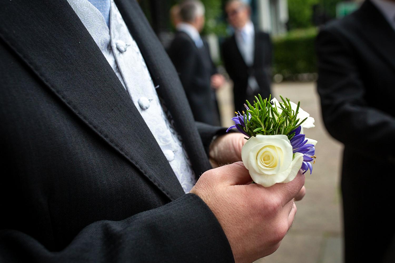 groom-detail