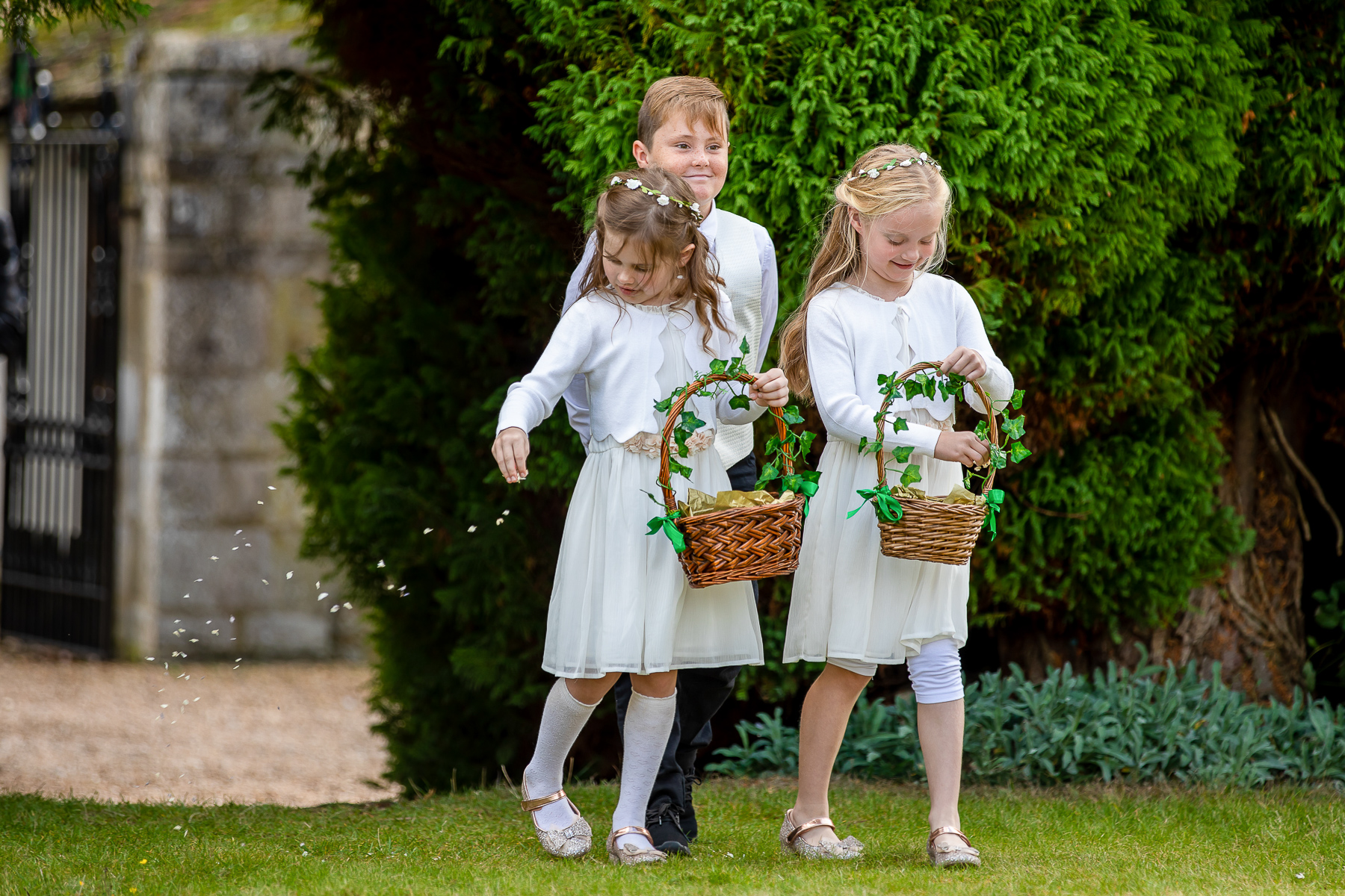 Notley Abbey Flower Girls