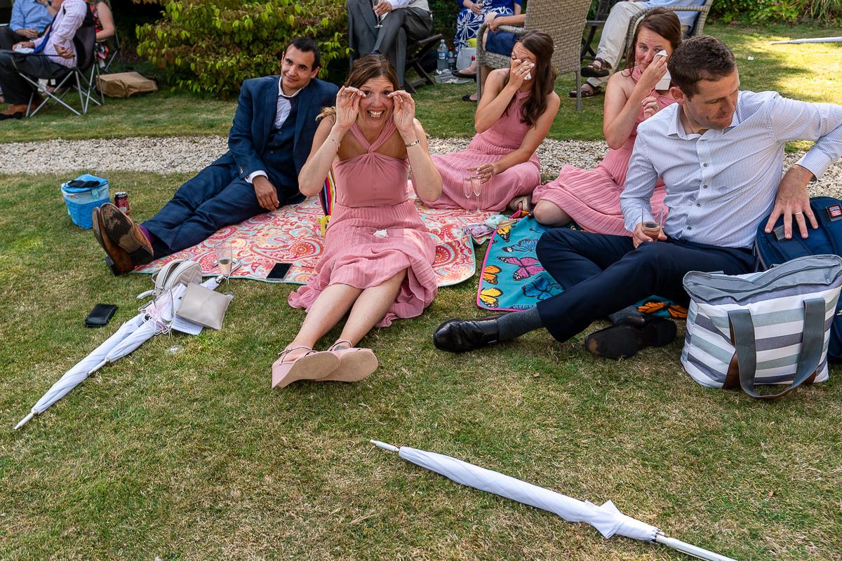 micro-wedding-picnic